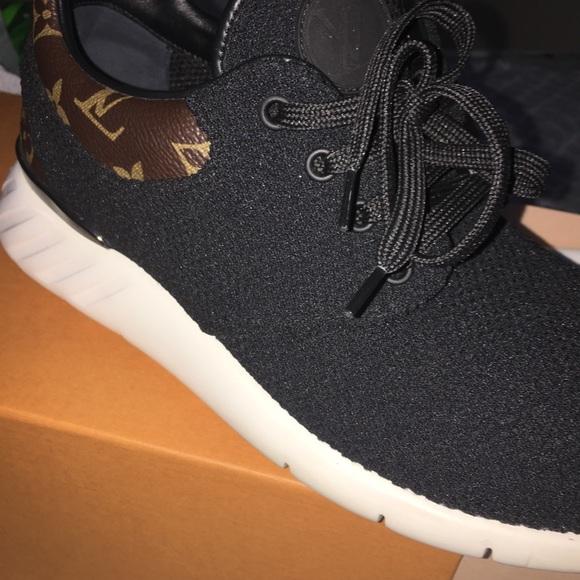 08f75c10f56 Black & White Louis Vuitton fastlane sneakers
